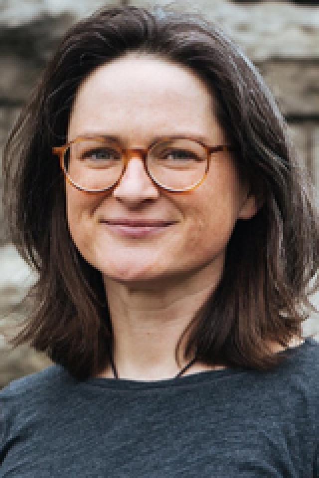 Portrait Frau mit Brille