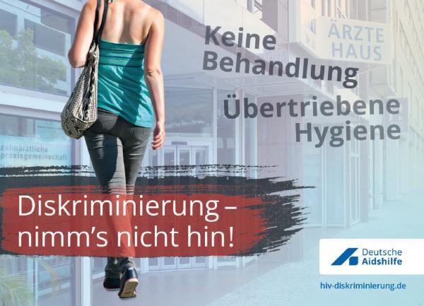 """Bild einer Frau (Kopf nicht zu sehen) Mit Tasche über der SChulter. Titel """"Diskriminierung - nimm's nicht hin!"""""""