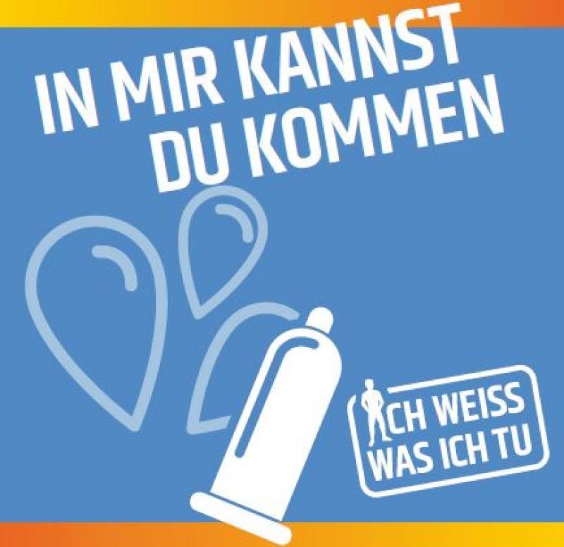 """Piktogram von Luftballons und einem Kondom auf blauem Hintergrund. Titel """"In mir kannst du kommen""""."""