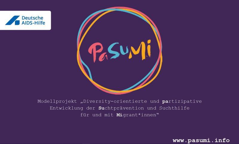 Hintergrund: Lila. Logo der Deutschen AIDS-Hilfe e.V. Logo des PaSuMi Projektes