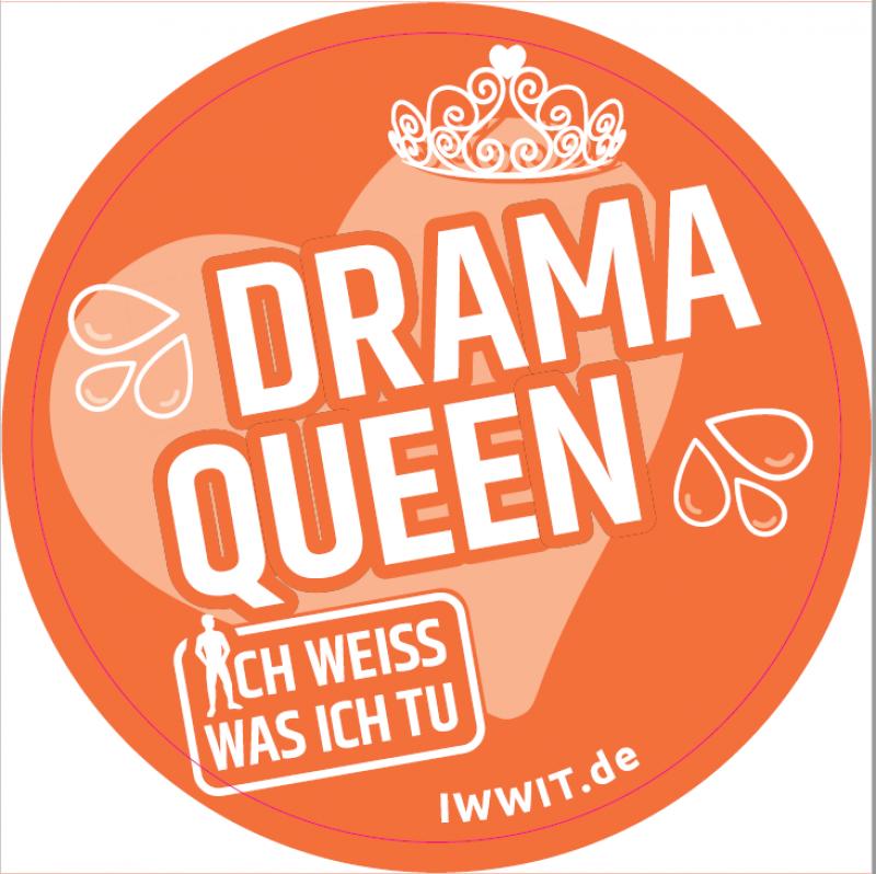 """Oranger Hintergrund. Zeichnungen einer Krone und eines Herzen. Titel """"Drama Queen"""" aus der Kampagne """"Ich weiss was ich tu""""."""