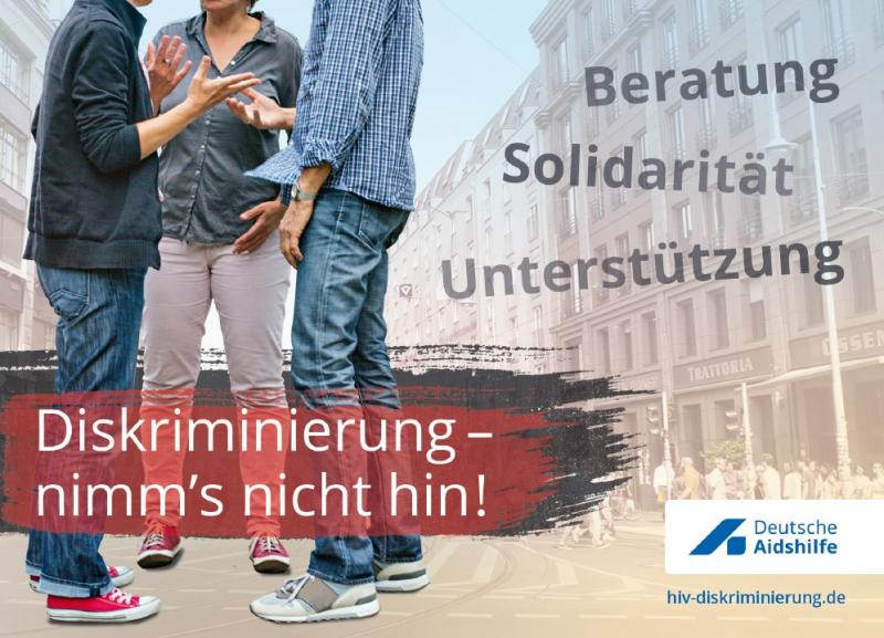 """Bild von mehreren Personen (Köüfe nicht sichtbar). Titel """"Diskriminierung - nimm's nicht hin!"""""""