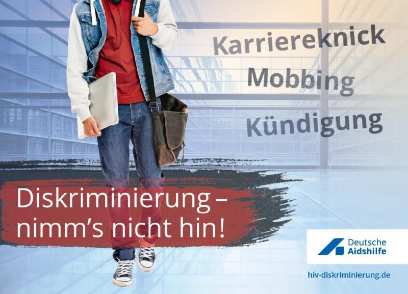 """Abbildungs eines Mannes (Kopf nicht sichtbar) mit Umhängetasche. Titel """"Diskriminierung - nimm's nicht hin!"""""""