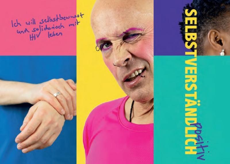 Bild eines queeren Mannes. Daneben eine Hand die das gegenübrliegende Handgelenk umfällst und Teilansicht des Kopfes einer Frau der people of colour community