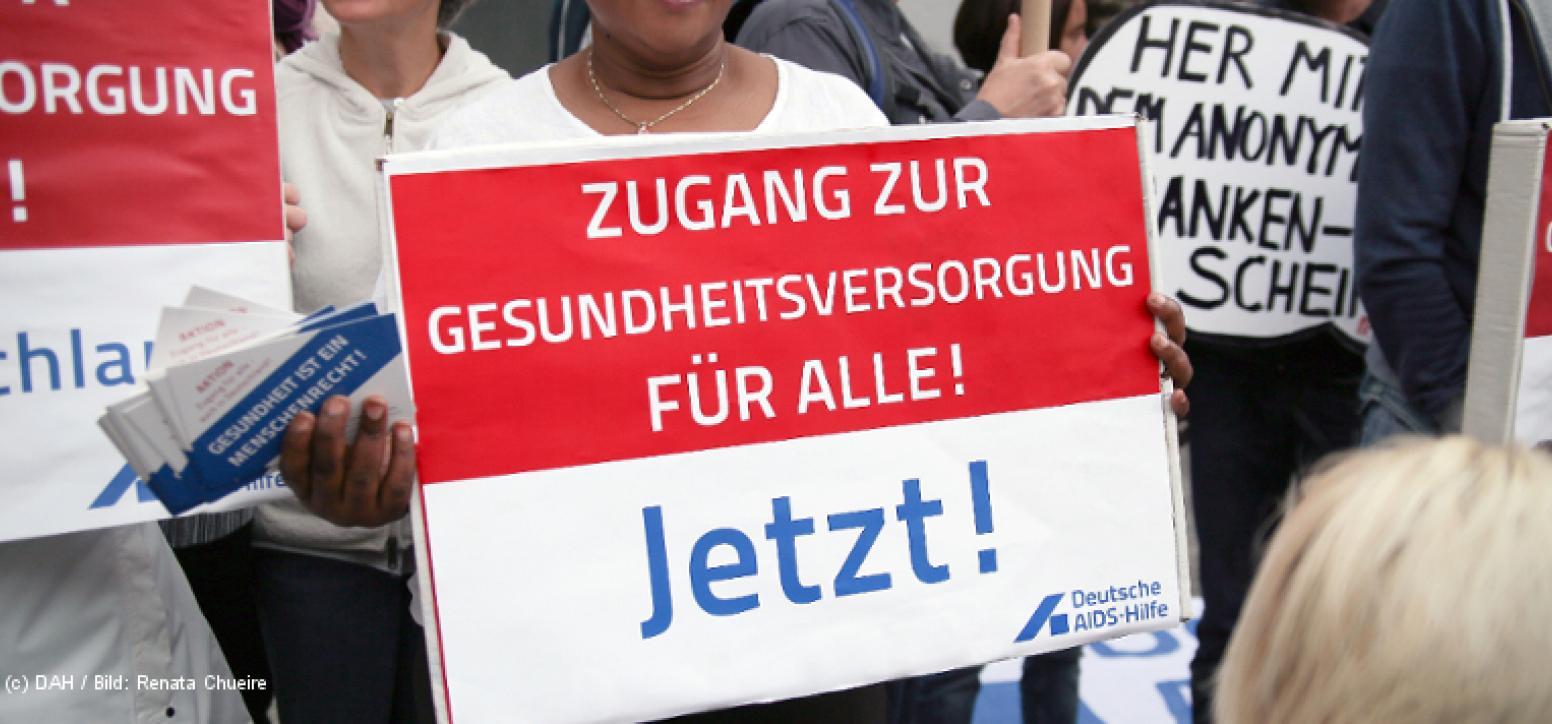 Schild auf einer Demonstration